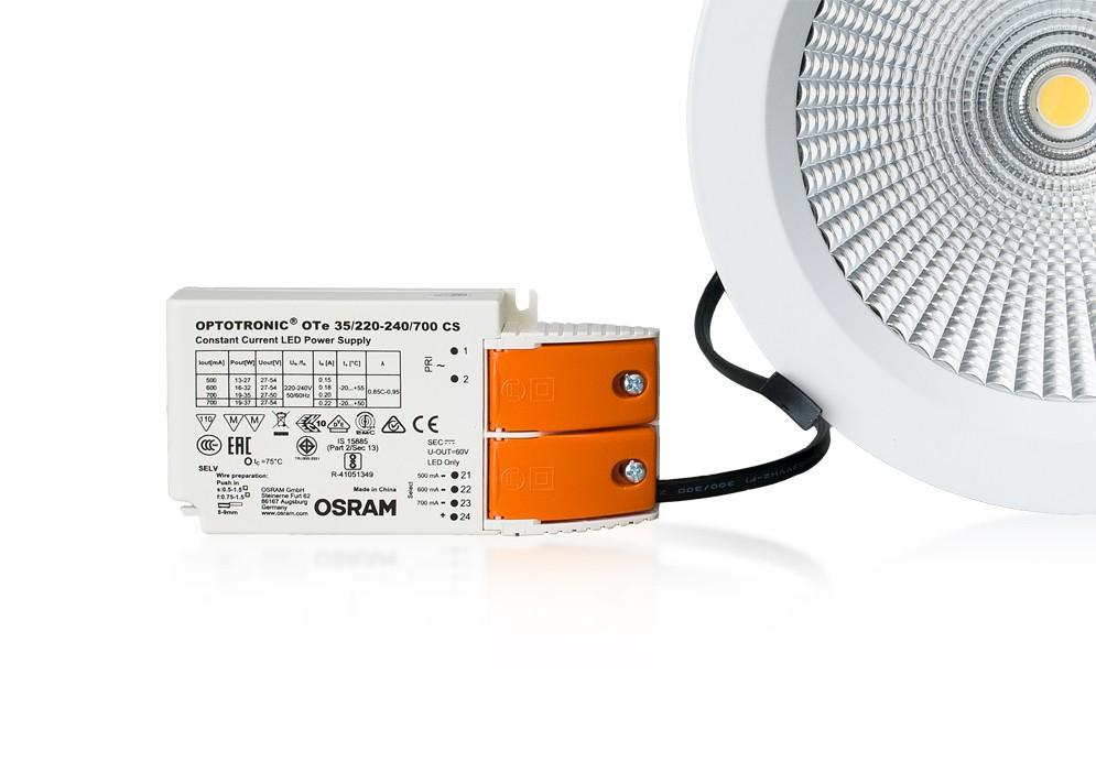 LED fazetový reflektor 25W, naturál 4000K,2350 lm