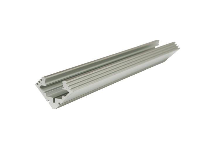 Lišta L XC15 45°/45° pre LED pásy,strieborná,1m
